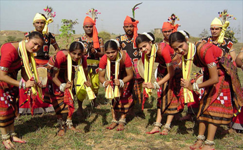 Essay on festivals and folk dances of india